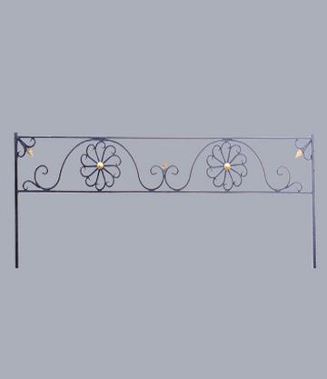 Металлическая оградка на могилу Ромашка